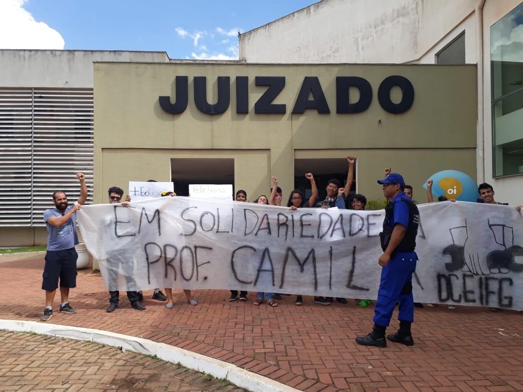camila_juizado_30042019h